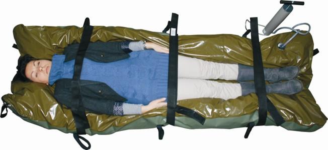 Materac próżniowy Vakuform w wersji militarnej w torbie