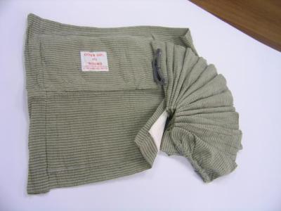 Opatrunek osobisty izraelski brzuszny z podściółką (30cm x 30cm)