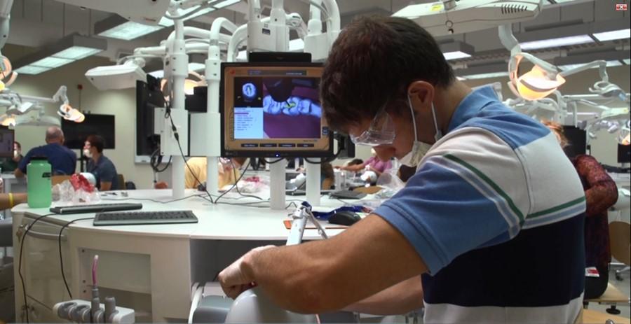Symulator stomatogiczny Dentsim v5