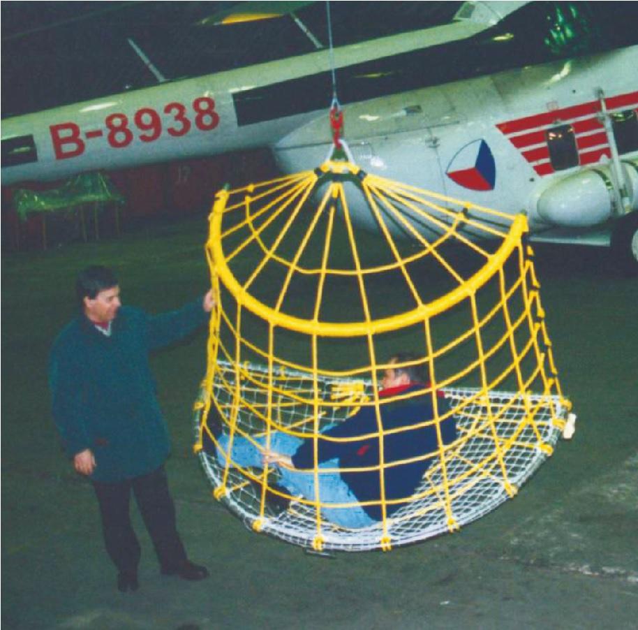 Kosz siatkowy RB 100 do transportu śmigłowcowego przy zdarzeniach masowych