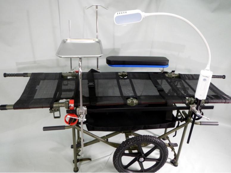Polowy stół operacyjny w wersji mobilnej (z kołami)